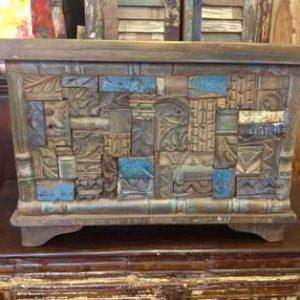 KH6-PIC-14 Indian Furniture Trunk Unusual Blue Pattern