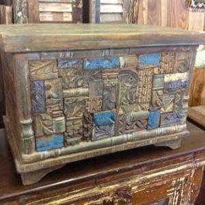 KH6-PIC-14 Indian Furniture Trunk Unusual Blue