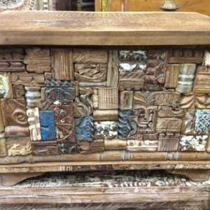 KH6-PIC-14 Indian Furniture Trunk Unusual Hodgepodge