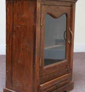k48-dsc00472 indian furniture cabinet old angle