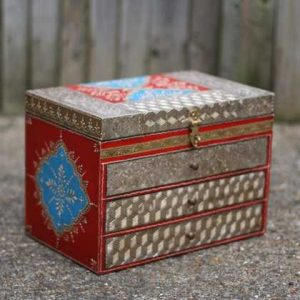 k49-img_4755 indian gift hand painted drawers jewellery angle view
