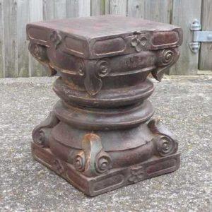 kh-7-kr44c indian furniture table pillar old side detail