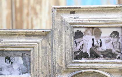 kh10-m-9246 indian wood photo frame corner