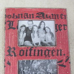 kh2-m_312 accessory photo frame vintage style red close