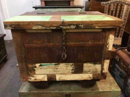 kh7 kr 47 indian furniture storage trunk reclaimed front 2