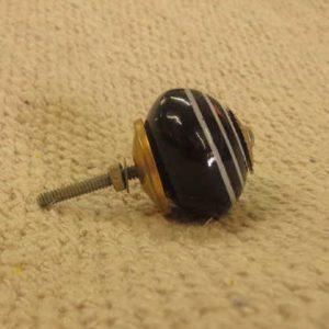 n0249a 1 indian accessory knob unusual swirl circle side