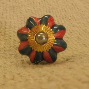 n0249g indian accessory knob unusual flower green red front