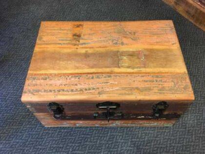 kh8 M 4441 indian furniture trunk storage medium top