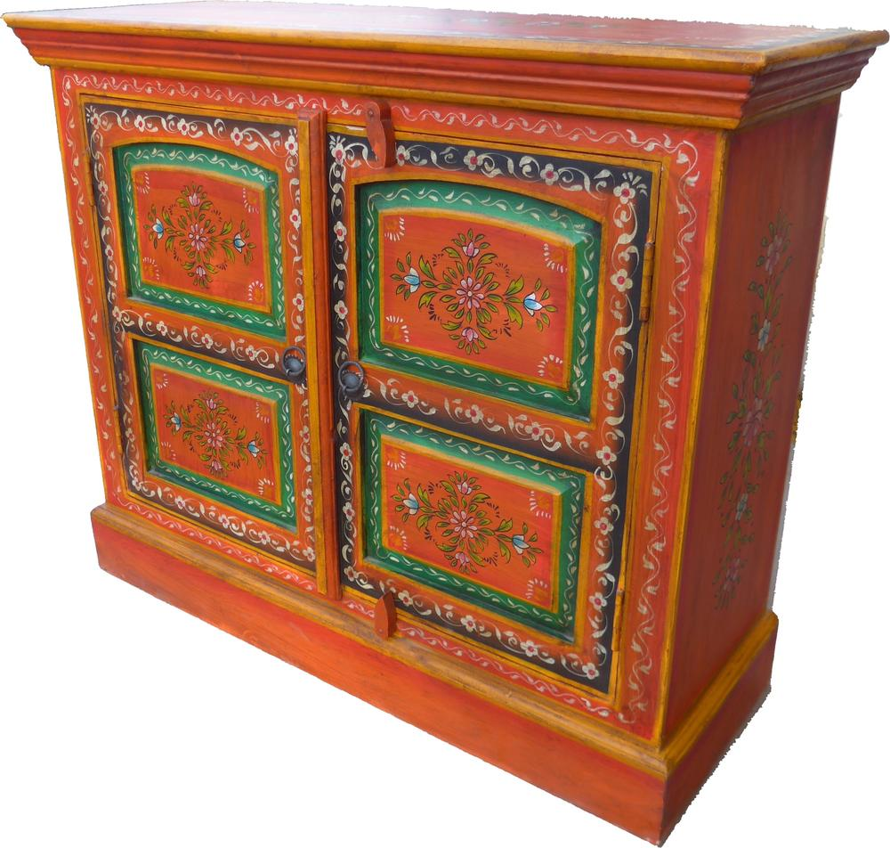 special purchase of beautiful hand painted sideboard. Black Bedroom Furniture Sets. Home Design Ideas