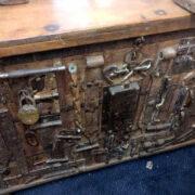 k13 RSO 72 indian furniture sideboard unusual locks metal wooden top