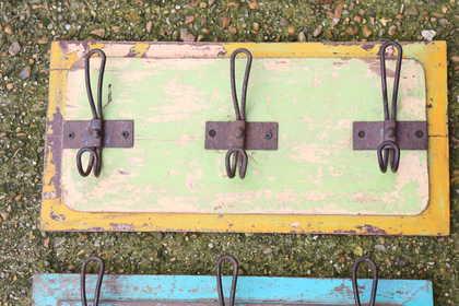 kh13-rso-43 indian hooks triple various wooden colour worn