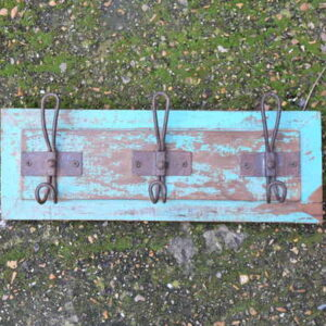 kh13-rso-43 indian hooks triple various wooden colour distressed