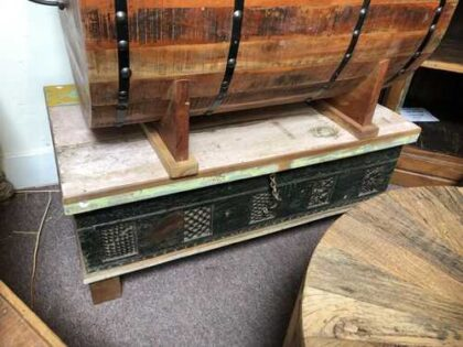 KH14 RS18 107 a indian furniture trunk coffee table