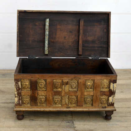 kh14-rs18-048 indian furniture reclaimed buddha trunk open