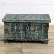 kh14-rs18-067 indian furniture blue metalwork trunk front