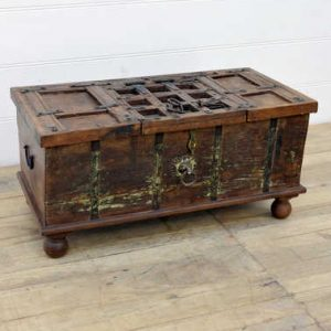 kh14-rs18-099 indian furniture wooden trunk with unique inlay bun feet