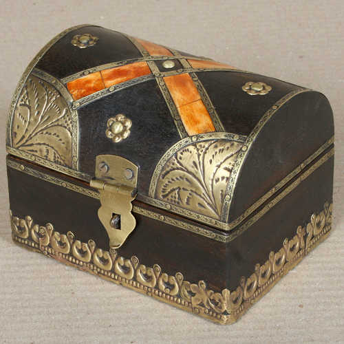k64-60392 indian gift box treasure domed embossed bone wooden bone cross