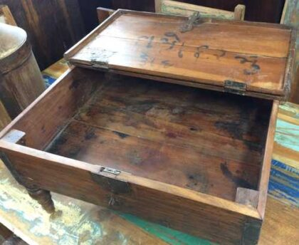 kh17-RS2019-26-a indian furniture old teak table low lid open