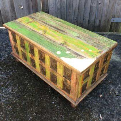 kh17-rs-2019-092 indian furniture storage trunk buddha top