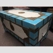 k67-90725 indian furniture trunk storage blue white mango