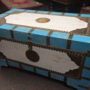 k67-90725 indian furniture trunk storage blue white top