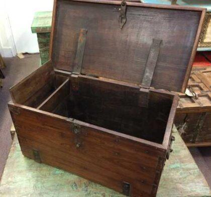kh18 001 B indian furniture trunk vintage teak open