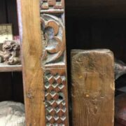 kh18 041 indian furniture bookshelf teak close left