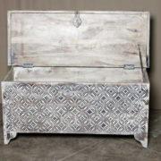 k69 1935 indian furniture trunk diamond white long open