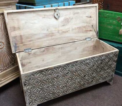 k69 1935 indian furniture trunk diamond white long front inside