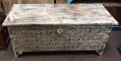 k69 1935 indian furniture trunk diamond white long front top