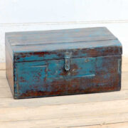 kh19 RS2020 035 indian furniture characterful blue old box