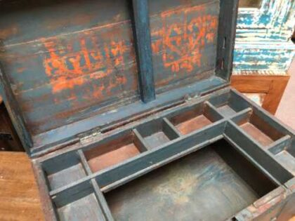 kh19 RS2020 035 indian furniture characterful blue old box open side