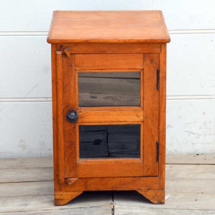 kh19 RS2020 066 indian furniture smart teak small cabinet front