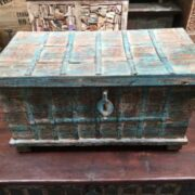 kh14 rs18 067 a indian furniture blue metalwork trunk front