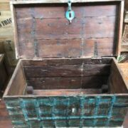 kh14 rs18 067 a indian furniture blue metalwork trunk open
