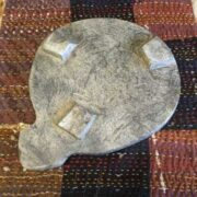 kh18 017 indian furniture chapati plate stone carved B bottom
