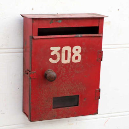 kh18 021 indian original red letterboxes metal right
