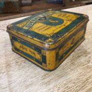 kh18 023 indian furniture original vintage tins advertising queens left