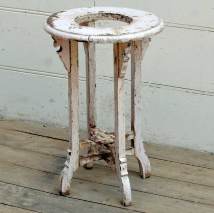 kh19 RS2020 010 indian furniture side table planter white main