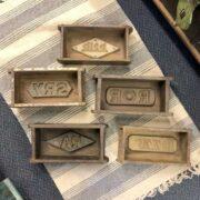 k73 2474 indian accessorory brick mould vintage single group