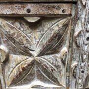 k74 3299 indian furniture bedside cabinet white carved close up