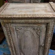 k74 78 indian furniture small old cabinet carved door top
