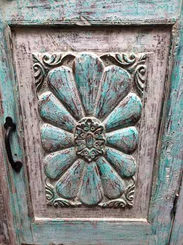 k74 3100 old floral door cabinet mint close